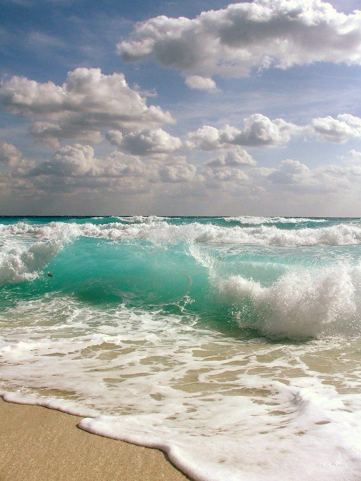 b00add92482f4bb3efb0a1c171716c33--beach-waves-beach-bum